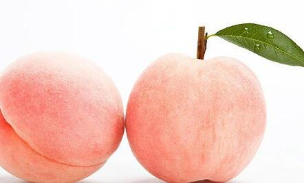 吃桃子削不削皮?桃子并非人人都能吃