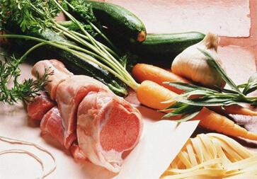 """女性""""戒肉""""一年扛不住 专家称蔬菜难补全营养"""
