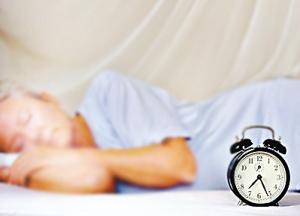 老人长期失眠,如何提高睡眠质量