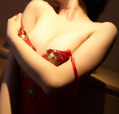 女人35岁以后要怎么养护乳房