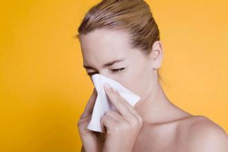 秋燥鼻过敏又犯了,喝点百合白木耳汤缓解吧