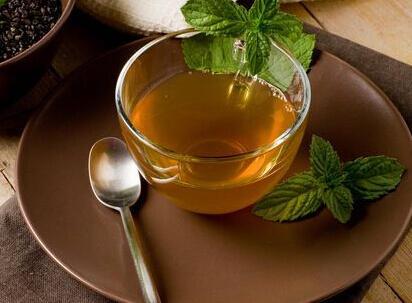 防病养生,就选中药保健茶