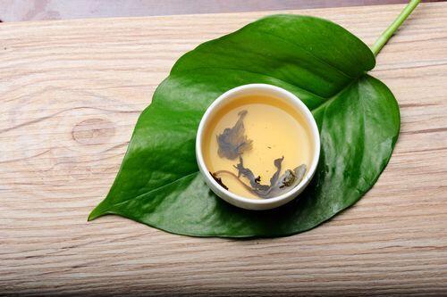 秋季养生喝丁香茶 养胃防病好处多