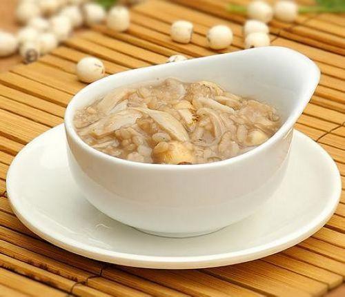 百合润肺防燥好处多 秋季怎么吃更好