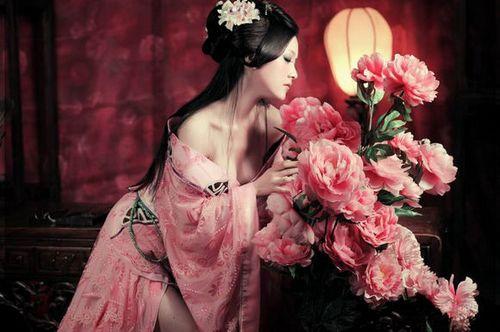 揭秘古代宫廷女人丰胸瘦身秘方