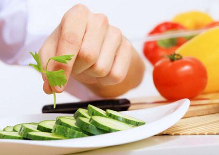植物油炒菜致癌?专家教你用对油