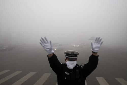 总不能因雾霾离开北京吧,这些防雾霾的方法收藏起来吧