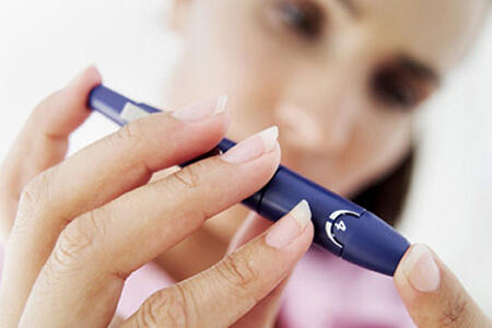 口干舌燥爱吃甜?当心患上糖尿病