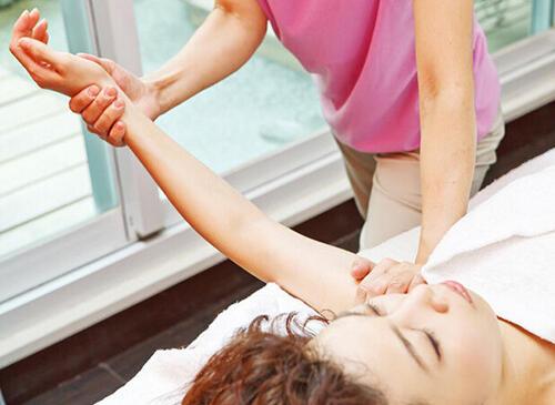 手脚冰凉多是脾肺虚弱 不同手感代表的体质类型