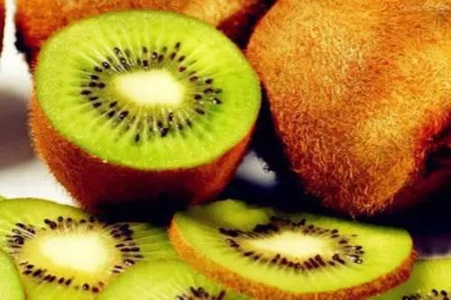 寒性胃痛的人要忌食下列水果 以免加重胃病