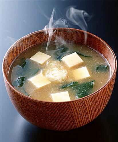 素菜炖出高营养 海带和豆腐更配