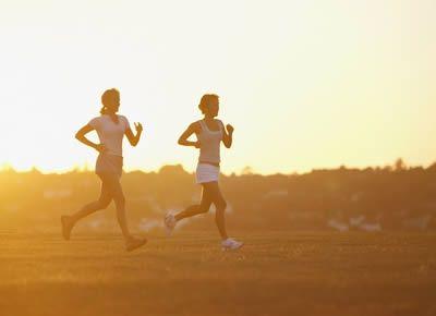 减肥怎么做好?每天快跑8分钟+吃高纤维食物