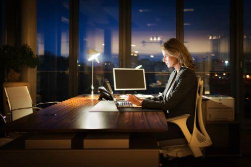 女性必看:上夜班或可增加患乳腺癌几率