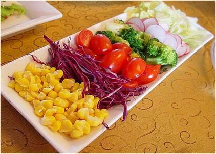 """有""""颜""""食物益健康 多彩饮食最养生"""