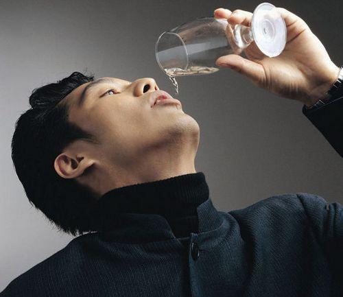 男人喝苹果醋好 常喝能带来8个好处