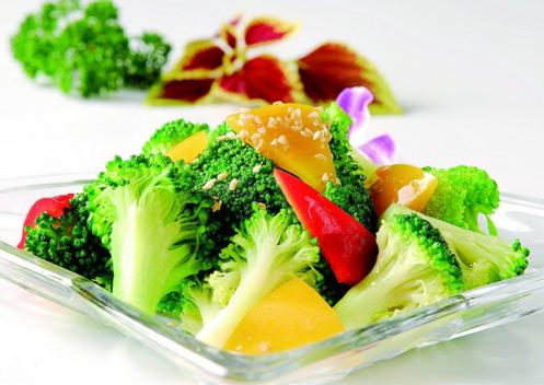 餐桌常备这3类菜  全家健康不得癌