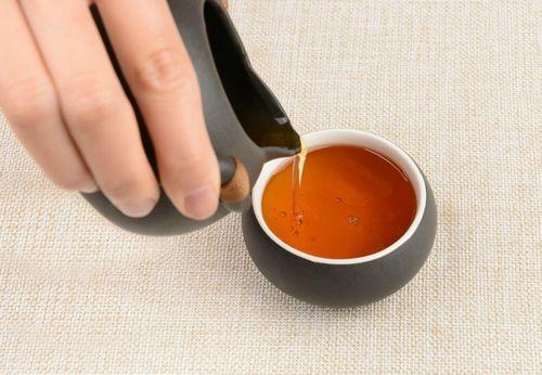 胃胀胃反酸脾胃选  靠2剂中药调理