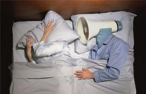 一躺下就打呼噜,还说没睡好,这是怎么回事