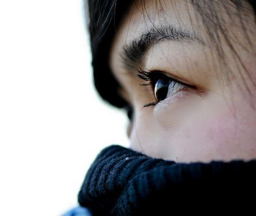 人很漂亮,眼神看起来却没神是怎么回事
