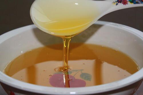 家里屯了6种油,到底用哪种做月子油好呢
