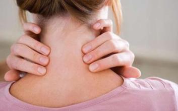预防颈椎病要会坐会睡