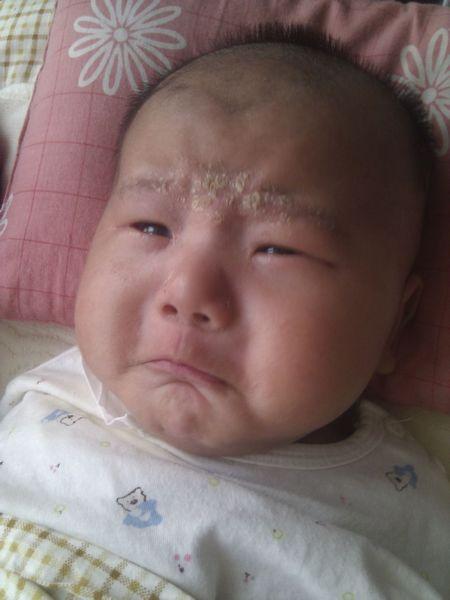 宝宝爱哭闹、容易饿、睡不安稳,妈妈这么多轻松解决