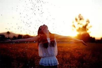 晒太阳是秋季最好的保健品,今天你晒了吗