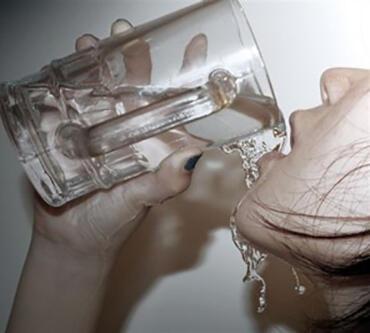 便宜又好用,一杯水,教你轻松预防7种病!