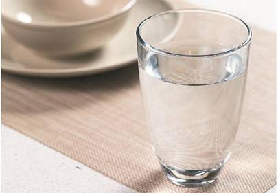 心脏不好、感冒、烦躁,喝好一杯白开水,能救命