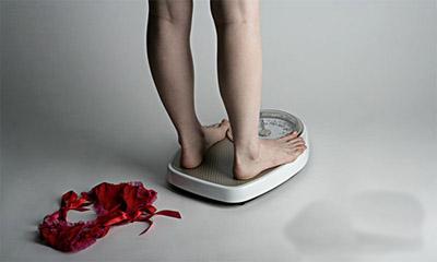 女性减肥别盲目,小心减出胆结石!
