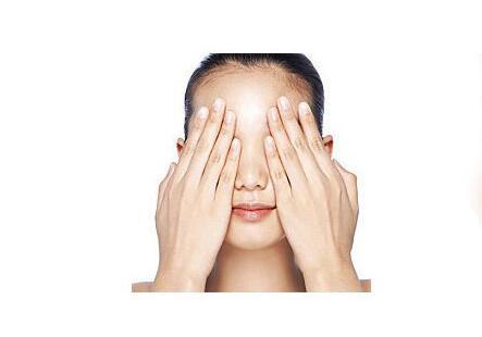 青少年、上班族及老年人保护视力的方法