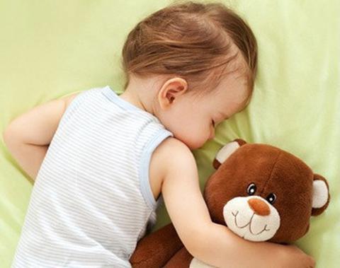 孩子睡觉老磨牙?或是缺钙了
