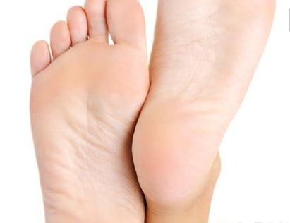 搓脚心能治病!扒开搓脚心的养生诀窍