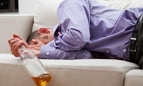 掌握7个喝酒不容易醉的技巧,再也不怕酒后误事