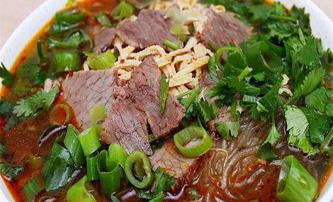 就爱喝牛肉汤补铁,营养师:加这1味吸收更好!