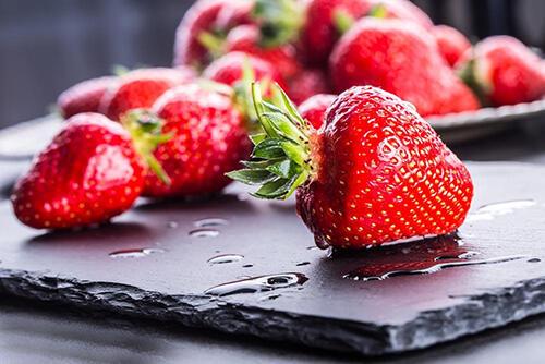 吃草莓前的正确清洗3步骤,好干净