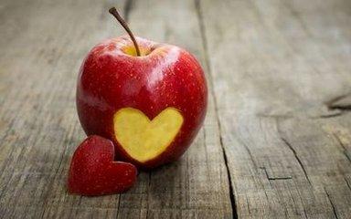 青苹果、红苹果、黄苹果大PK,哪一种最有营养?