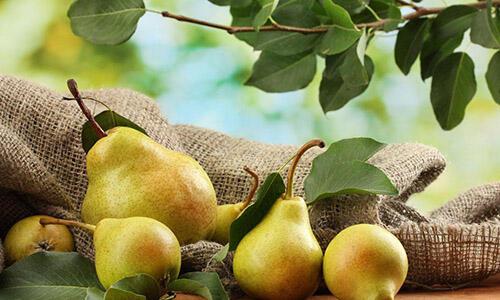 这8种水果每天吃一样,比美白产品有用