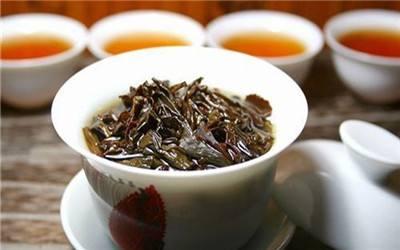 隔夜茶能否防湿疹、除口臭…还要看这个
