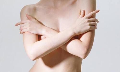 女性常吃5种食物,可保护乳房、预防疾病