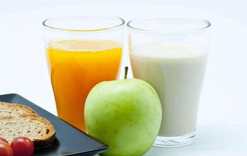 6种错误的喝牛奶方式,看看你犯了吗