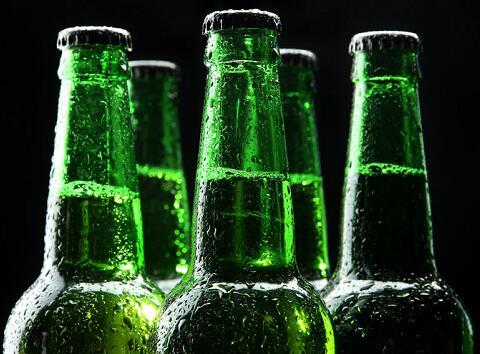 打开的啤酒隔夜还能喝吗 ?