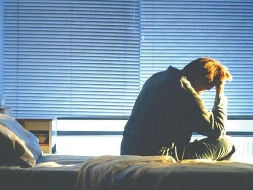 关注抑郁症的十个前兆,早发现早调整