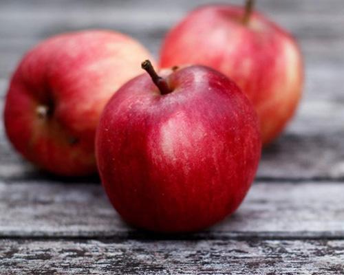 秋天感冒高发季,不想中招,请多吃4种水果!