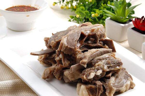 冬天進補需注意:羊肉不要與4種食物一起吃