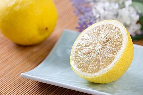 用柠檬美白的正确姿势,你get到了吗