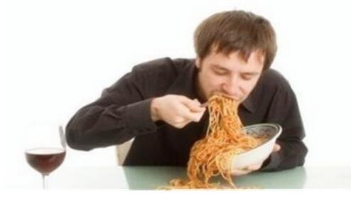 吃饭别太快,太快容易发胖还对身体不好
