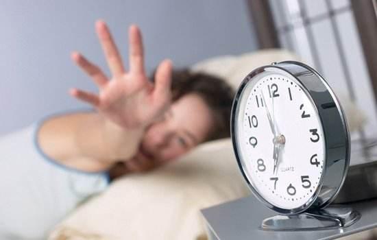 凌晨三四点醒来,却睡不着了?怎么做才能拥有高质量睡眠